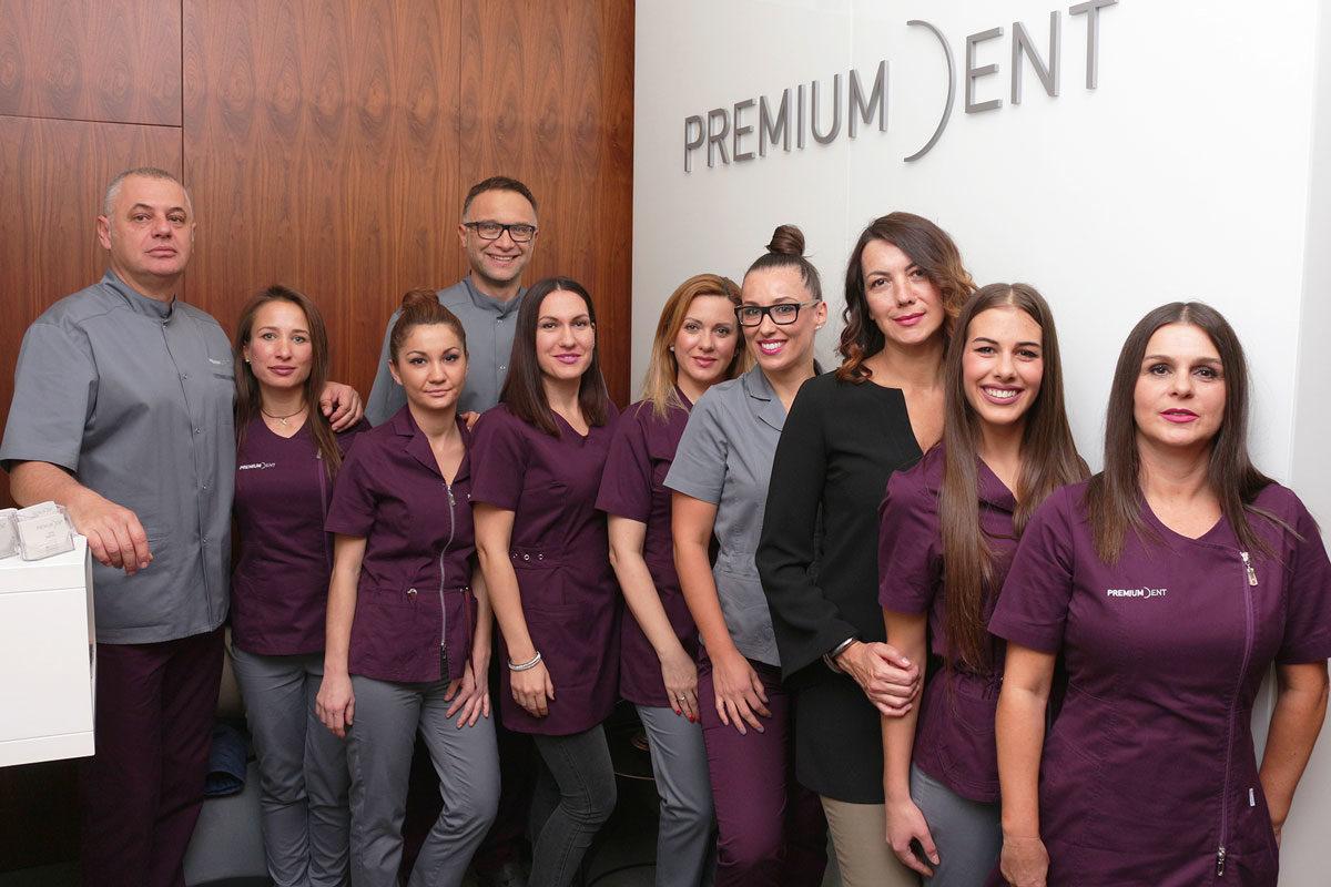 Tim poliklinike Premium Dent